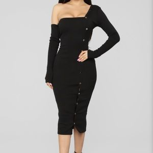 Fashion Nova black Midi dress